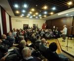 Ivana Trišić pozdravlja publiku