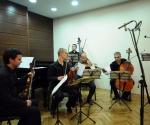 Kvintet Concertone: Miloš Petrović, violina; Mladen Drenić, violina; Ljubomir Milanović, viola; Srđan Sretenović, violončelo i Boban Stošić, kontrabas