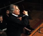 Dirigent: Emilio Pomariko