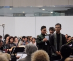 dirigent Liu Shun, Ksiao Ma, tenor, Gao Ping, kompozitor i pijanista