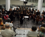 Gudači Sv. Đorđa, Bijana Radovanović, dirigent Ljubiša Jovanović, flauta