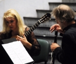 Klara Tomljanovic, gitara Uros Rojko, klarinet