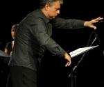 Dirigent, umetnički direktor: Berislav Šipuš;