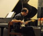 Ivan Vukosavljević izvodi svoju kompoziciju