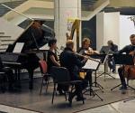 Jean-Luc Menet, flauta; Chiaki Tsunaba, clarinet; Claire Merlet, viola; Frédéric Baldassare, violončelo; Jean-Marie Cottet, klavir;