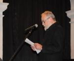 Srđan Hofman čita obrazloženje Nagrade
