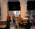 Katarina Popović i Katarina Aleksić, barokne violine Rastko Popović, barokna viola Srđan Stanić, viola da gamba Jovana Topalov, čembalo