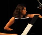 Neda Hofman, klavir