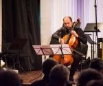Đorđe Milošević, violončelo izvodi kompoziciju Luke Čubrila