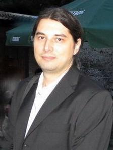 Dragan Tomić